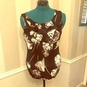 The Limited sleeveless ruffled tank top, size M
